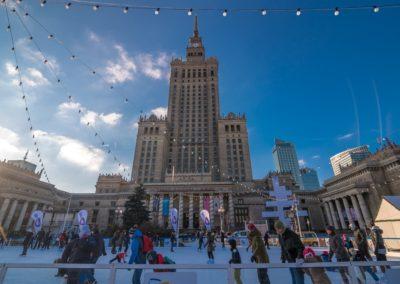 Icerink next to Palace of Culture and Science, fot. Warszawska Organizacja Turystyczna