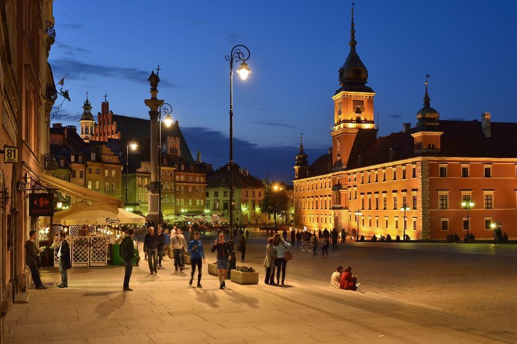 Zamkowy Square, fot. m.st. Warszawa_ PZ Studio Zbigniew Panów