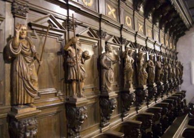 Rzeźby Świętych w nawie głównej, fot. Archiwum Katedry
