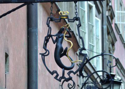 Syrenka na budynku Muzeum Farmacji przy ulicy Piwnej 31/33, fot. Teresa Witkowska