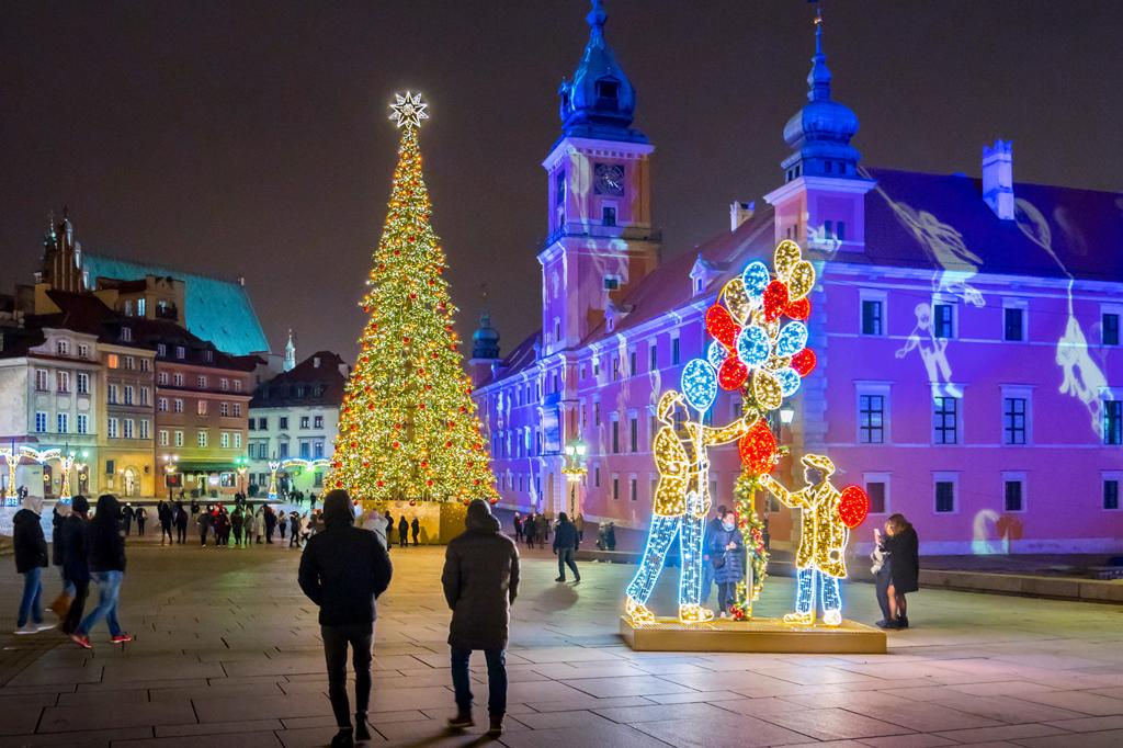 Iluminacja na Placu Zamkowym, fot. Filip Kwiatkowski