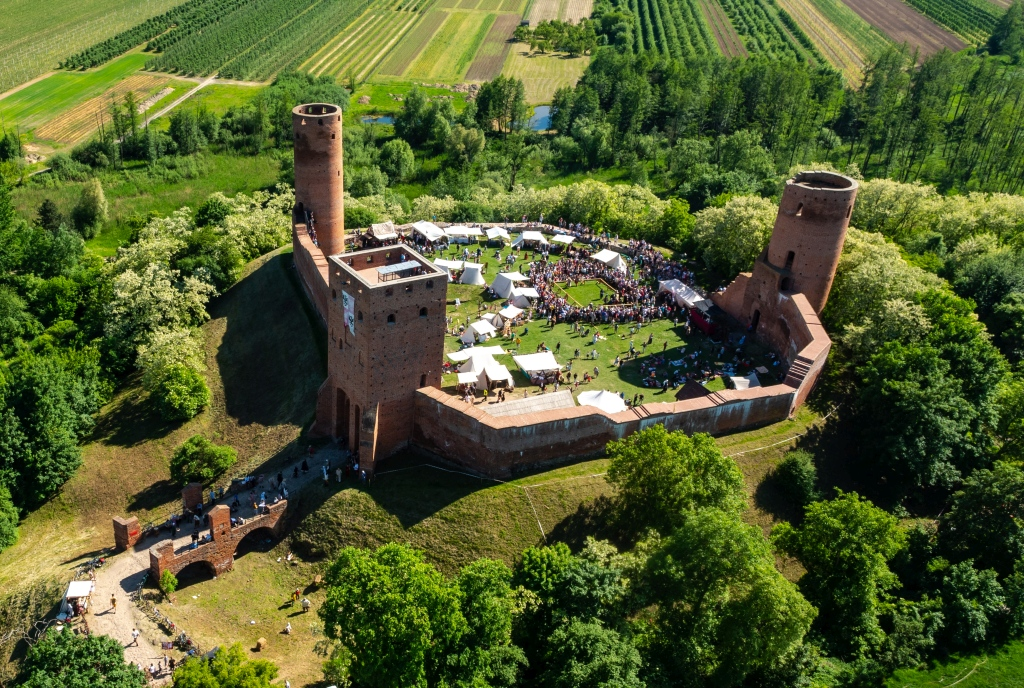 Zamek W Czersku, Fot MROT